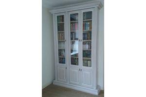 Шкаф книжный из массива прямой - Мебельная фабрика «Винтаж»