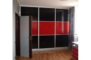 Шкаф-купе красный - Мебельная фабрика «Папа Карло»