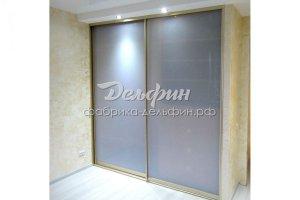Шкаф-купе с матовым стеклом - Мебельная фабрика «Дельфин»