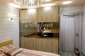 Шкаф-купе с матовым зеркалом - Мебельная фабрика «Дельфин»