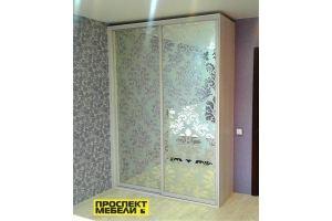 Шкаф-купе с пескоструйным рисунком на зеркале - Мебельная фабрика «Проспект мебели»
