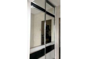 Шкаф-купе с зеркалом встроенный - Мебельная фабрика «Алгоритм»
