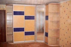 Шкаф-купе в прихожую Бетти - Мебельная фабрика «ЛиО»