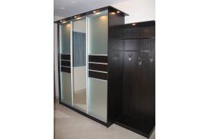 Шкаф-купе в прихожую с подстветкой  - Мебельная фабрика «Ваша мебель»