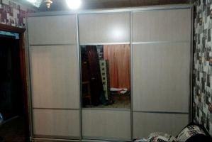 Шкаф-купе в спальню с зеркалом - Мебельная фабрика «Народная мебель»