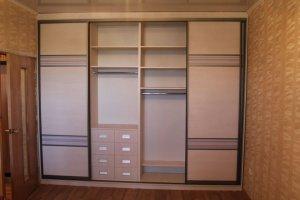 Шкаф-купе встроенный - Мебельная фабрика «Santana»