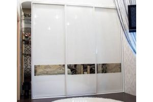 Шкаф-купе встроенный глянцевый - Мебельная фабрика «RoMari»