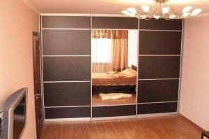 Шкаф-купе встроенный в гостиную - Мебельная фабрика «Архангельская мебельная фабрика»