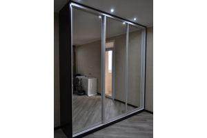 Шкаф-купе зеркальные двери  - Мебельная фабрика «Ваша мебель»