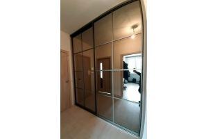 Шкаф-купе зеркальный встроенный - Мебельная фабрика «Алгоритм»