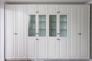 Шкаф МДФ крашенный с витражом - Мебельная фабрика «Красивый Дом»