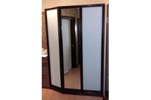 Шкаф распашной 16 75 - Мебельная фабрика «Святогор Мебель»