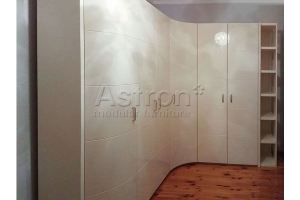 Шкаф распашной радиусный w180208 - Мебельная фабрика «Астрон»