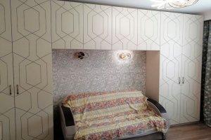 Шкаф распашной в комнату R026 - Мебельная фабрика «BLISS-HOME»