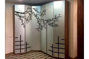 Шкаф угловой с алюминиевым профилем - Мебельная фабрика «Красивый Дом»