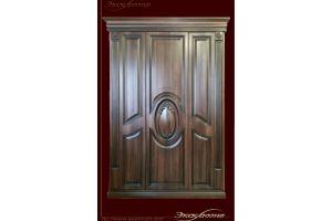 Шкаф в классическом стиле с медальоном - Мебельная фабрика «Эксклюзив»