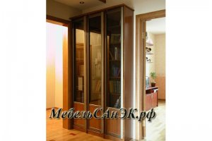Шкаф-витрина трехстворчатый 05 - Мебельная фабрика «САнЭК»