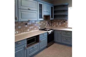 Синяя классическая кухня - Мебельная фабрика «Массив»