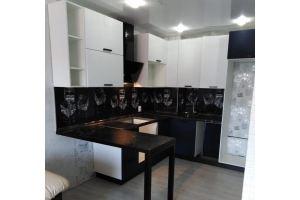 Современная кухня с барной стойкой - Мебельная фабрика «МЭК»