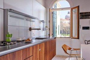 Современная прямая кухня - Мебельная фабрика «Передовые технологии дизайна»