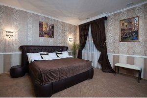 Спальная мебель темного цвета - Мебельная фабрика «Триумф»