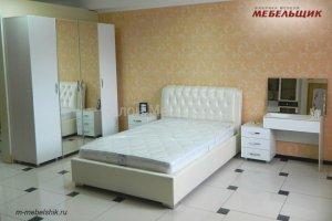 Спальный гарнитур с кроватью из кожзама - Мебельная фабрика «Мебельщик»