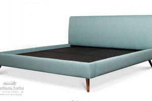 стильная кровать на высоких деревянных ножках Максимилианс - Мебельная фабрика «МебельЛайн»