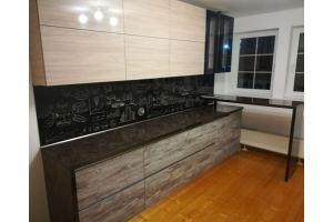 Стильная кухня с барной стойкой - Мебельная фабрика «Гранд Мебель»