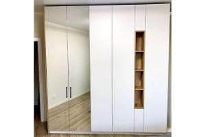 Стильный распашной шкаф - Мебельная фабрика «SamSam»