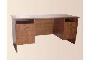 Стол двухтумбовый с ящиками - Мебельная фабрика «Мартис Ком»