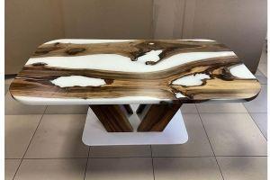 Стол из массива с белой смолой - Мебельная фабрика «Массив»