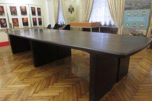 Стол переговоров - Мебельная фабрика «Орвис»