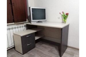 Стол письменный - Мебельная фабрика «Оливин»