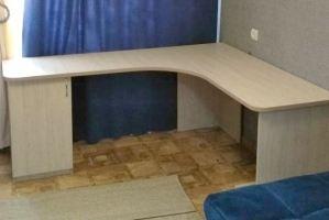 Стол письменный угловой - Мебельная фабрика «Авангард»