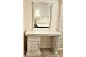 Стол туалетный с зеркалом - Мебельная фабрика «Папа Карло»