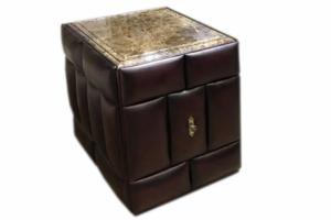 Стол-тумба с выдвижным баром из дуба - Мебельная фабрика «Вологодская мебельная фабрика»