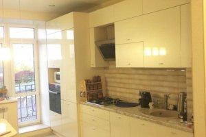 Светлая бежевая кухня - Мебельная фабрика «Valery»