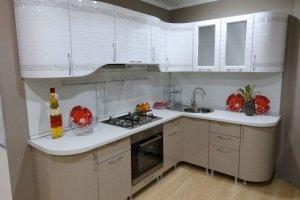 Светлая компактная кухня - Мебельная фабрика «ARC мебель»