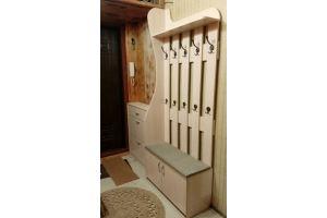 Светлая прихожая с комодом - Мебельная фабрика «Народная мебель»