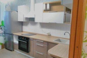 Светлая угловая кухня - Мебельная фабрика «Формула уюта»