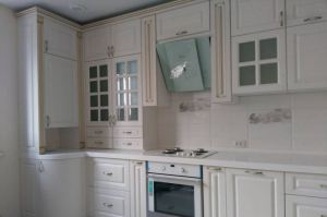 Светлая угловая кухня - Мебельная фабрика «Эльф»