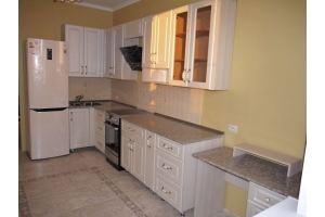 Светлая угловая кухня - Мебельная фабрика «НКМ»