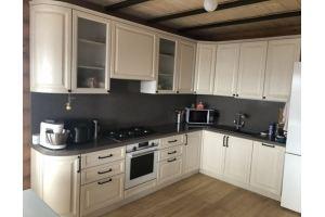 Светлая угловая кухня - Мебельная фабрика «Гранд Мебель»