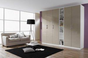 Светлый распашной шкаф   - Мебельная фабрика «Елиза»