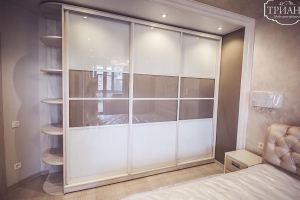 Светлый шкаф-купе - Мебельная фабрика «Триана»