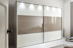 Светлый шкаф-купе - Мебельная фабрика «MipoLine»