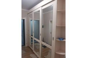 Светлый шкаф-купе - Мебельная фабрика «КамиАл»