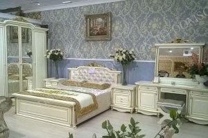 Светлый спальный гарнитур - Мебельная фабрика «Шанс»
