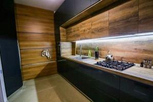Темная пластиковая Кухня - Мебельная фабрика «Вестра»