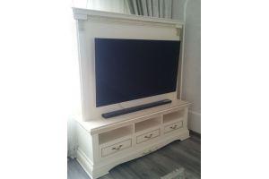 Тумба с экраном под ТВ - Мебельная фабрика «Моллитер»